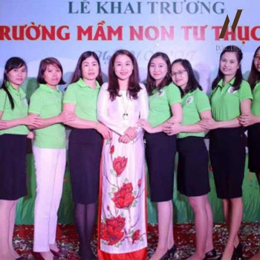 Đồng Phục Giáo Viên Mần Non Áo Xanh Đọt Chuối Váy Đen DPMN9
